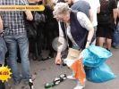 Immer mehr Rentner gehen Flaschen sammeln