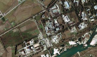 Satellitenfoto des nordkoreanischen Atomreaktors bei Yongbyon. (Foto)