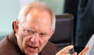 Schäuble will EU-Finanzsteuer retten: Mini-Lösung als Einstieg (Foto)
