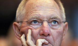 Schäuble: Wehrpflichtige und Bufdis höher belasten (Foto)