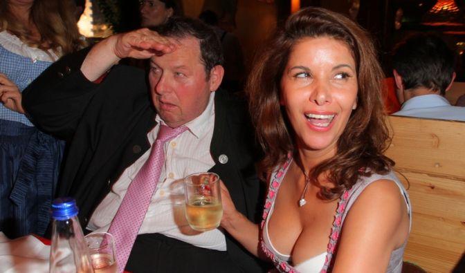 Schauspieler Ottfried Fischer und Radhia Frey (Foto)