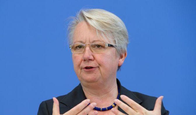 Schavan wirbt für Verfassungsänderung (Foto)
