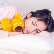 Schlaf tut gut. Doch bei manchen Menschen artet er zur Krankheit aus (Symbolfoto).