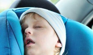 Schlafendes Kind (Foto)