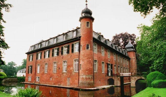 Schloss der Kelly Family wird zwangsversteigert (Foto)