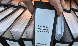 Schon jetzt ist die Klage gegen den Euro-Rettungsschirm zur größten deutschen Verfassungsbeschwerde überhaupt geworden. (Foto)