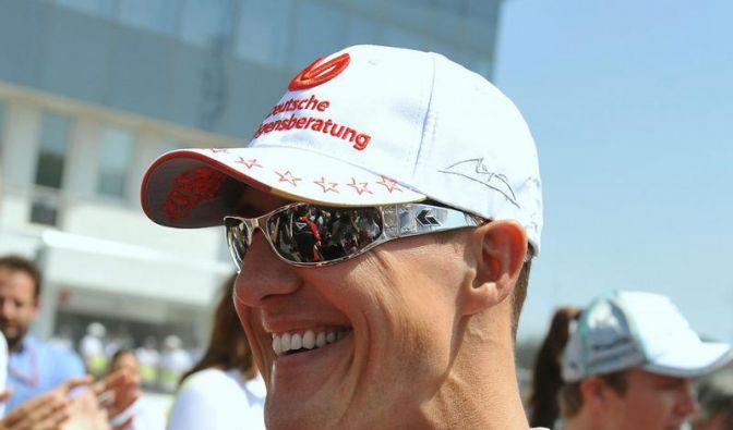 Schumacher im 299. Rennen geblitzt und aufgegeben (Foto)