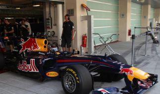 Schumi-Lob und Reifenpanne: Vettel zurück im Auto (Foto)
