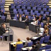 Screenschot der Abstimmung über das Meldegesetz: 27 der eigentlich erforderlichen 311 Abgeordneten sind noch am Platz.