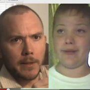 Screenshot aus dem Video, in dem sich ein 32-Jähriger mit seinem zwölfjährigen Ich unterhält.