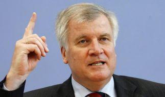 Seehofer erwartet Gabriel als SPD-Kanzlerkandidaten (Foto)