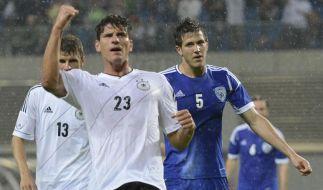 Sein 22. Tor im 52. Länderspiel: Mario Gomez trifft zum 1:0. (Foto)