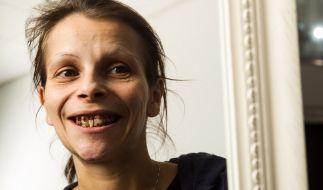 Seit zehn Jahren war Antje nicht mehr beim Zahnarzt. Bei Extrem schön! auf RTL2 soll sich ihr Äußeres nun endlich ändern. (Foto)