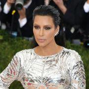 Seit dem Raubüberfall ist es ruhig um Kim Kardashian geworden. (Foto)