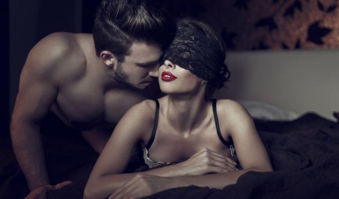 Sexspielchen und BDSM wirken sich einer Studie zufolge positiv auf die Gesundheit aus.