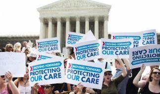 Sieg für Obama: Oberstes US-Gericht billigt Gesundheitsreform (Foto)