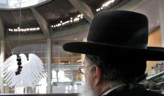 Signal an Juden und Muslime: Bundestag will Beschneidungen erlauben (Foto)