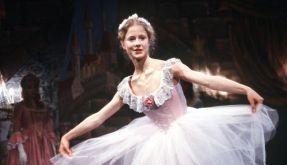 Silvia Seidel als Ballett-Tänzerin Anna in einer Szene des Films Anna im Juni 1987. (Foto)