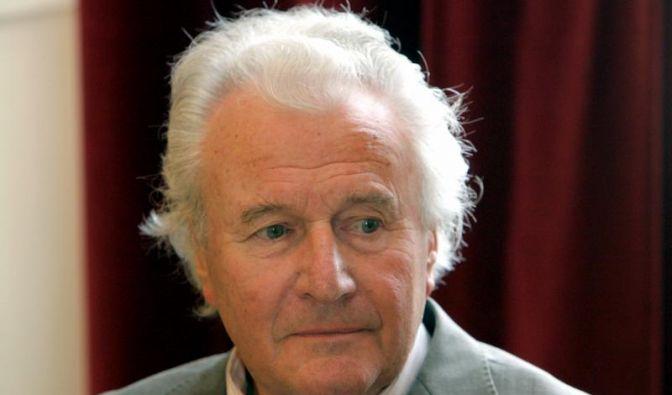 Sir Colin Davis dirigiert trotz Schwächeanfall zu Ende (Foto)