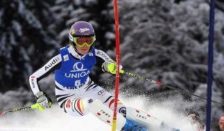 Slalom in Flachau: Höfl-Riesch liegt auf Platz drei (Foto)
