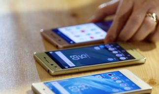 Smartphones im Test: Was taugt das Sony Xperia E5? (Symbolbild) (Foto)