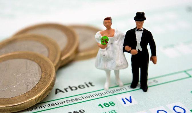 So finden Ehepaare die richtigen Steuerklassen (Foto)