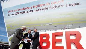 So kann man sich täuschen: Architekt Meinhard von Gerkan, Klaus Wowereit und Matthias Platzeck (von links). (Foto)