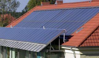 Solaranlagen auf dem Dach jetzt sommerfit machen (Foto)