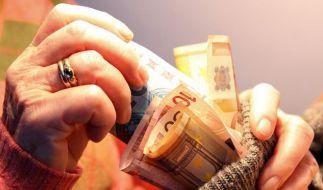 Sparer sollten Freistellungsaufträge überprüfen (Foto)