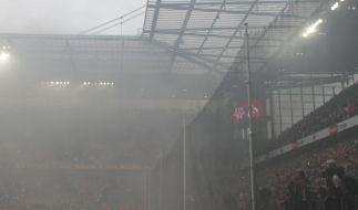 SPD-Minister: Notfalls Fußballvereine zur Kasse bitten (Foto)