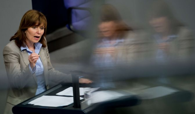 Kein Abi, kein Jura-Studium! SPD-Abgeordnete Hinz legt Mandat nieder (Foto)