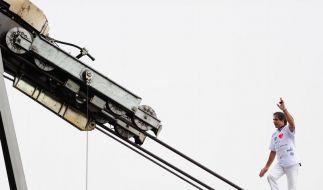 Spektakulärer Balanceakt auf der Zugspitze (Foto)