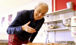 Spitzenkoch Christian Rach nimmt das Wiener Café in Krefeld kritisch unter die Lupe. (Foto)