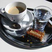 Ob der Verlängerte, ein Fiaker oder die Melange - Wien ist für seine Kaffeehauskultur berühmt.