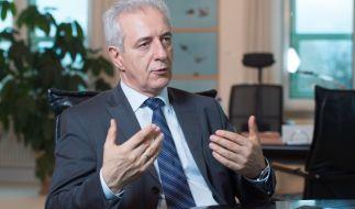 Stanislaw Tillich wirft der Politik Blauäugigkeit in der Flüchtlingskrise vor. (Foto)