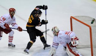 Starkes deutsches Eishockey-Team besiegt Dänemark 3:1 (Foto)