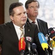 Stefan Mappus (links) kann die Äußerungen seiner Parteifreunde nicht nachvollziehen.