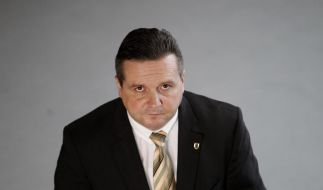 Stefan Mappus setzt sich in der EnBW-Affäre zur Wehr. (Foto)