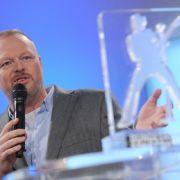Stefan Raab lädt zum Bundesvision Song Contest nach Bremen ein. (Foto)