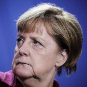 Stirnrunzeln bei der Kanzlerin: Immer wieder Probleme mit den eigensinnigen Bayern. (Foto)