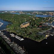 Auf der Insel Djurgarden befinden sich unter anderem das Vasamuseum und Skansen.