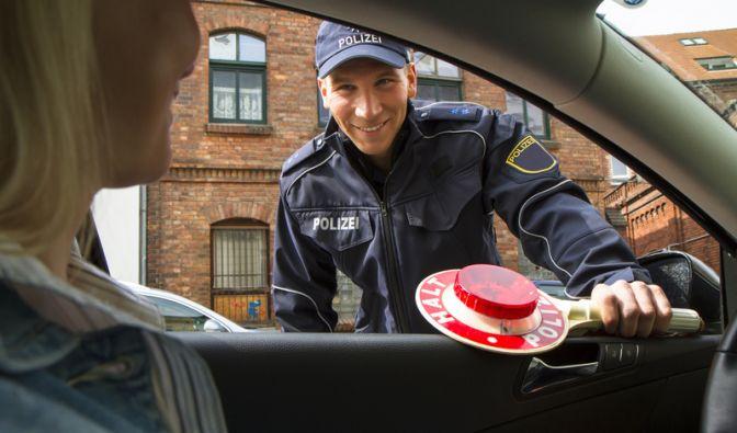 Straffreiheit gegen Sex: Im nordrhein-westfälischen Bocholt wollte ein Oberkommissar gegen Sex Strafakten verschwinden lassen. (Foto)