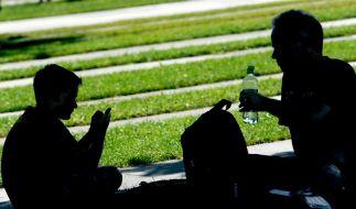 Studie: Zeit mit den Eltern tut pubertierenden Teenies gut (Foto)