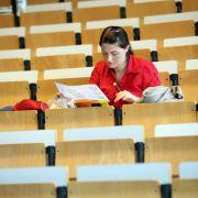 Viele Studenten fühlen sich gerade zu Beginn ihrer akademischen Laufbahn allein gelassen.