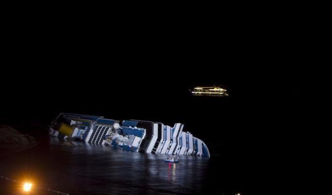 Suche nach Vermissten auf Kreuzfahrtschiff geht weiter (Foto)