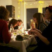 Völlig fremde Menschen lernen sich kennen, essen gemeinsam und tauschen sich aus - das ist die Idee der privaten Supperclubs.