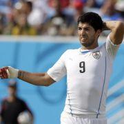 Suárez betont Unschuld: Auf Gegner gefallen (Foto)