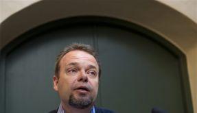 SWEDEN LABOUR MINISTER RESIGNS (Foto)