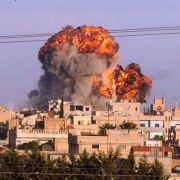 Syrien explodiert und brennt - und offenbar schrecken weder Regime noch Rebellen vor Gräueltaten zurück.
