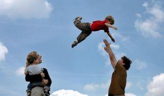 Tag der Familie: Eine Bilanz zu Kind und Karriere (Foto)